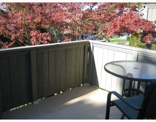"""Photo 10: 35 900 W 17TH Street in North_Vancouver: Hamilton Townhouse for sale in """"FOXWOOD HILLS"""" (North Vancouver)  : MLS®# V764145"""