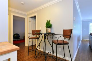 "Photo 7: 104 1378 GEORGE Street: White Rock Condo for sale in ""FRANKLIN PLACE"" (South Surrey White Rock)  : MLS®# R2371327"