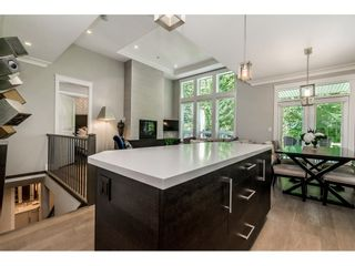 Photo 8: 30 15989 MOUNTAIN VIEW DRIVE in Surrey: Grandview Surrey Townhouse for sale (South Surrey White Rock)  : MLS®# R2391984