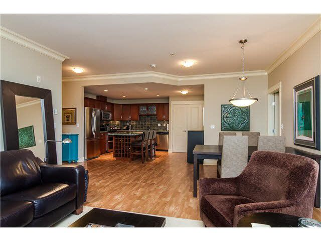 """Photo 14: Photos: 210 5430 201 Street in Langley: Langley City Condo for sale in """"THE SONNET"""" : MLS®# F1418321"""