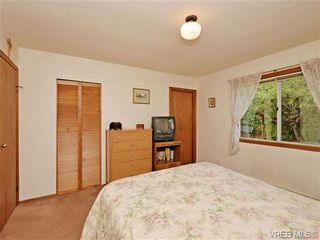 Photo 13: 3350 St. Troy Pl in VICTORIA: Co Triangle House for sale (Colwood)  : MLS®# 706087