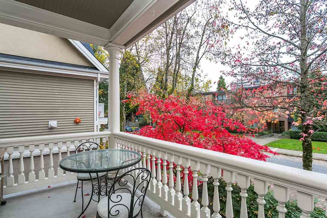 """Main Photo: 109 1195 W 10TH Avenue in Vancouver: Fairview VW Townhouse for sale in """"BOLLERT PLACE"""" (Vancouver West)  : MLS®# R2014004"""