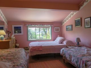 Photo 14: 1950 Shingle Spit Rd in HORNBY ISLAND: Isl Hornby Island House for sale (Islands)  : MLS®# 787572