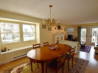 Photo 4: 3203 W 3RD Avenue in Vancouver: Kitsilano 1/2 Duplex for sale (Vancouver West)  : MLS®# R2053036