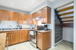 """Photo 10: 233 BALMORAL Place in Port Moody: North Shore Pt Moody Townhouse for sale in """"Balmoral Place"""" : MLS®# R2585129"""