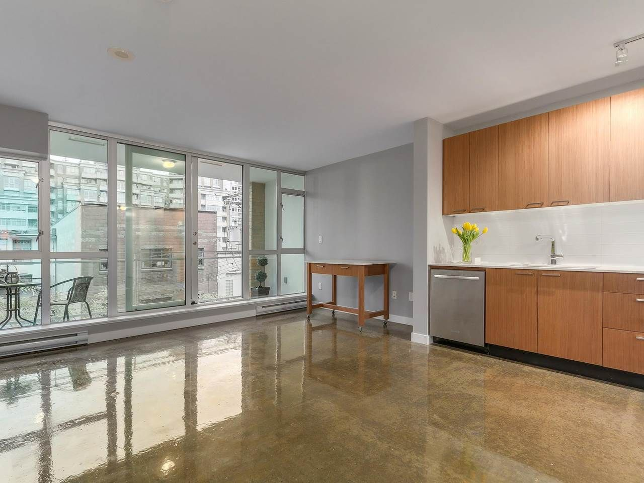 Main Photo: 409 221 UNION STREET in Vancouver: Mount Pleasant VE Condo for sale (Vancouver East)  : MLS®# R2119480