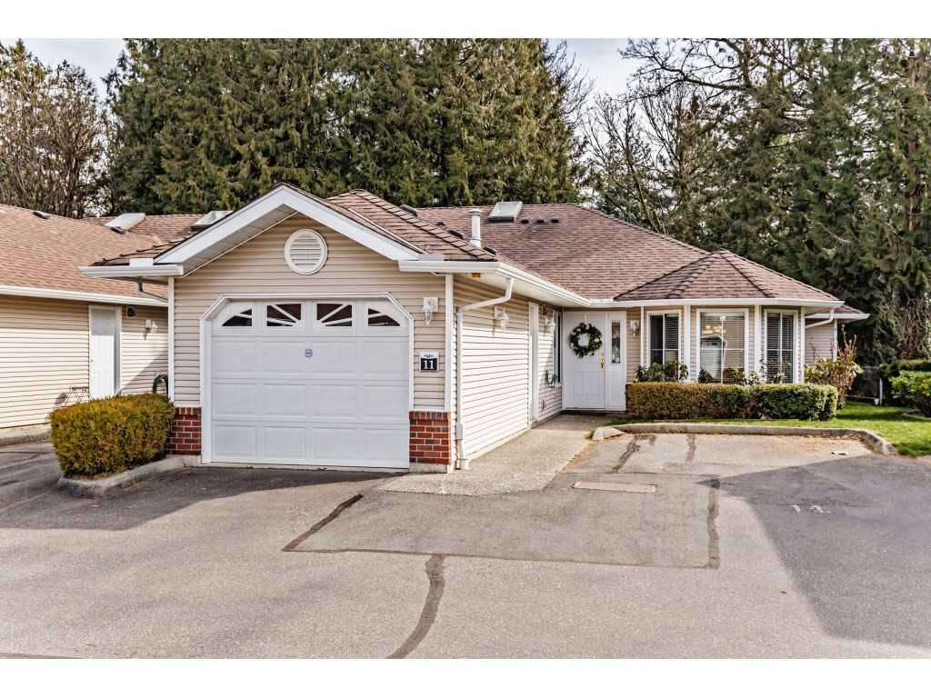 "Main Photo: 11 1973 WINFIELD Drive in Abbotsford: Abbotsford East Townhouse for sale in ""Belmont Ridge"" : MLS®# R2551431"