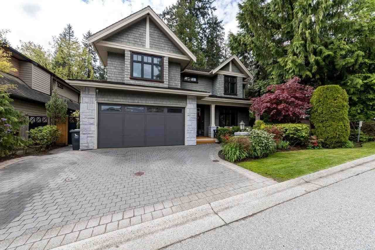 Main Photo: 1299 ELDON Road in North Vancouver: Canyon Heights NV House for sale : MLS®# R2574779
