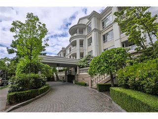 """Photo 2: 223 5735 HAMPTON Place in Vancouver: University VW Condo for sale in """"The Bristol"""" (Vancouver West)  : MLS®# V1065144"""