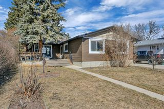 Photo 2: 5122 44 Street: Olds Detached for sale : MLS®# A1090118