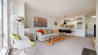 """Photo 1: 408 2288 W 12TH Avenue in Vancouver: Kitsilano Condo for sale in """"CONNAUGHT POINT"""" (Vancouver West)  : MLS®# R2594302"""