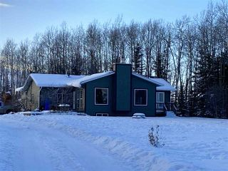 """Photo 1: 16552 265 Road in Fort St. John: Fort St. John - Rural W 100th House for sale in """"ROSE PRAIRIE"""" (Fort St. John (Zone 60))  : MLS®# R2454884"""