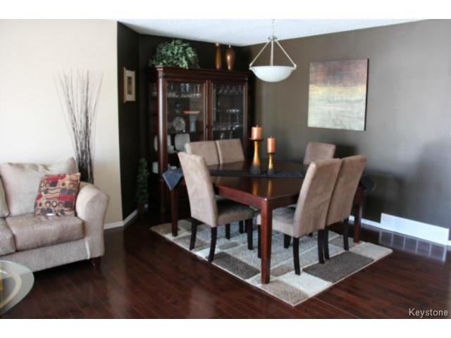 Photo 6: Photos: 100 Harding Crescent in WINNIPEG: St Vital Residential for sale (South East Winnipeg)  : MLS®# 1403083