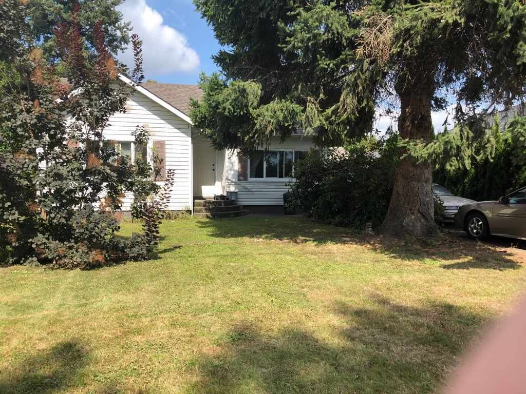 Main Photo: 46241 GORE Avenue in Chilliwack: Chilliwack E Young-Yale House for sale : MLS®# R2399046