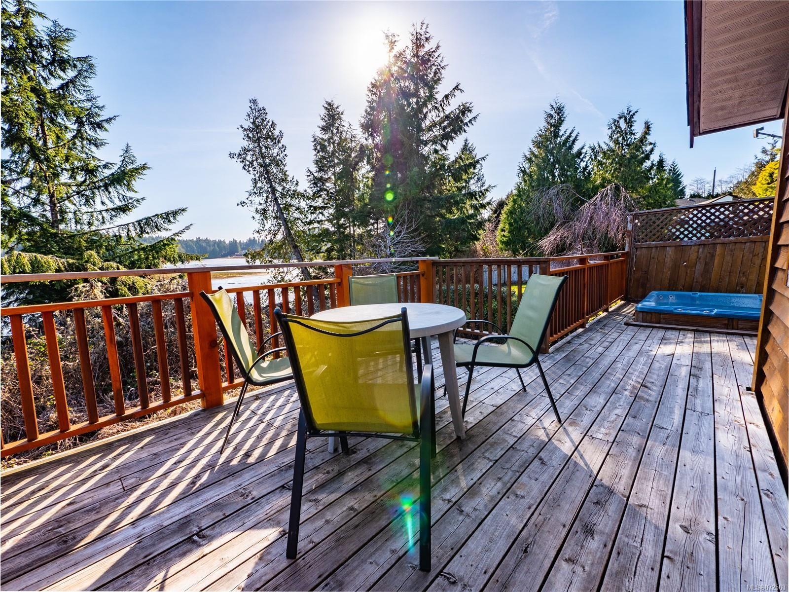 Main Photo: 212 Albion Cres in Ucluelet: PA Ucluelet House for sale (Port Alberni)  : MLS®# 872563
