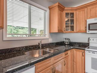 Photo 12: 4618 Falaise Dr in : SE Broadmead House for sale (Saanich East)  : MLS®# 850985