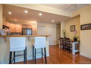 Photo 9: 206 1831 Oak Bay Ave in VICTORIA: Vi Fairfield East Condo for sale (Victoria)  : MLS®# 752253