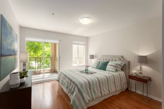 """Photo 12: 307 5683 HAMPTON Place in Vancouver: University VW Condo for sale in """"WYNDHAM HALL"""" (Vancouver West)  : MLS®# R2318427"""
