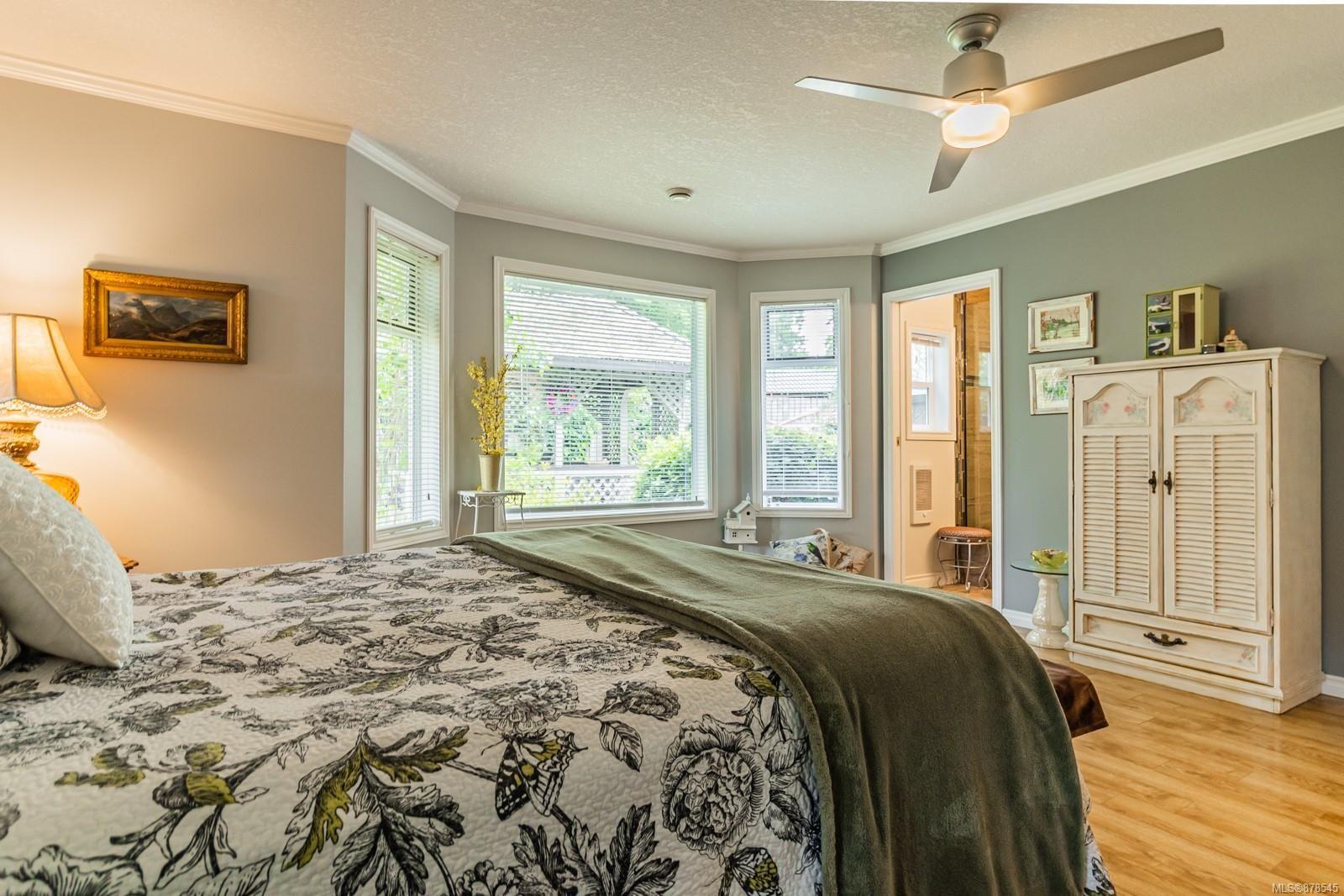 Photo 19: Photos: 1070 Symons Cres in : PQ Qualicum Beach House for sale (Parksville/Qualicum)  : MLS®# 878545