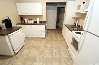 Photo 6: 304 1st Street West in Delisle: Residential for sale : MLS®# SK852362