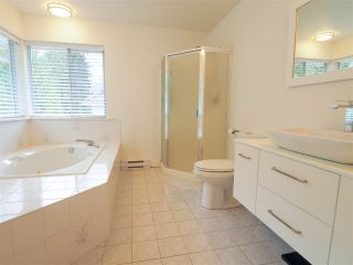 "Photo 13: 40518 N HIGHLANDS Way in Squamish: Garibaldi Highlands House for sale in ""Garibaldi Highlands"" : MLS®# R2462052"