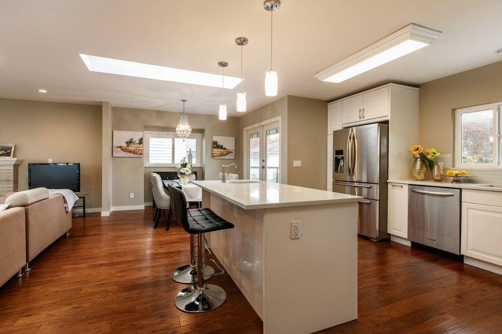 Photo 6: Photos: 4960 MANOR ST in VANCOUVER: Collingwood VE House for sale (Vancouver East)  : MLS®# R2134049