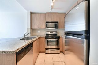 "Photo 3: 2010 892 CARNARVON Street in New Westminster: Downtown NW Condo for sale in ""AZURE II AT PLAZA 88"" : MLS®# R2461243"