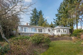 Photo 4: 5033 Wesley Rd in Saanich: SE Cordova Bay House for sale (Saanich East)  : MLS®# 835715