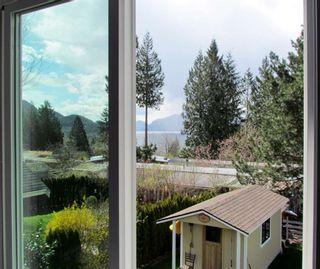 """Photo 15: 822 BRITANNIA Way: Britannia Beach House for sale in """"BRITANNIA BEACH"""" (Squamish)  : MLS®# R2270055"""