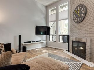 Photo 4: 7 10401 19 Street SW in Calgary: Braeside Row/Townhouse for sale : MLS®# A1106437