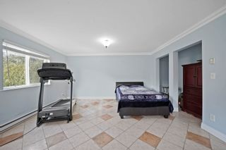 Photo 5: 1370 OAK Place in Squamish: Brackendale House for sale : MLS®# R2614210
