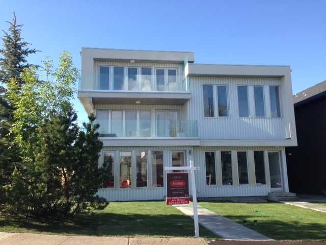 Main Photo: 1940 32 Avenue SW in Calgary: Residential Attached for sale : MLS®# C3623427