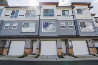 Photo 1: 18 6162 138 Street in Surrey: Sullivan Station Townhouse for sale : MLS®# R2346093