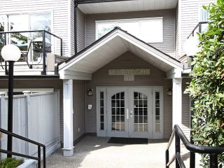 """Photo 1: 203 833 W 16TH Avenue in Vancouver: Fairview VW Condo for sale in """"THE EMERALD"""" (Vancouver West)  : MLS®# V906955"""
