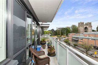 Photo 8: 410 838 Broughton St in Victoria: Vi Downtown Condo for sale : MLS®# 844093