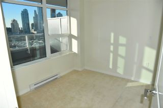 """Photo 7: 1601 4880 BENNETT Street in Burnaby: Metrotown Condo for sale in """"CHANCELOR"""" (Burnaby South)  : MLS®# R2538424"""