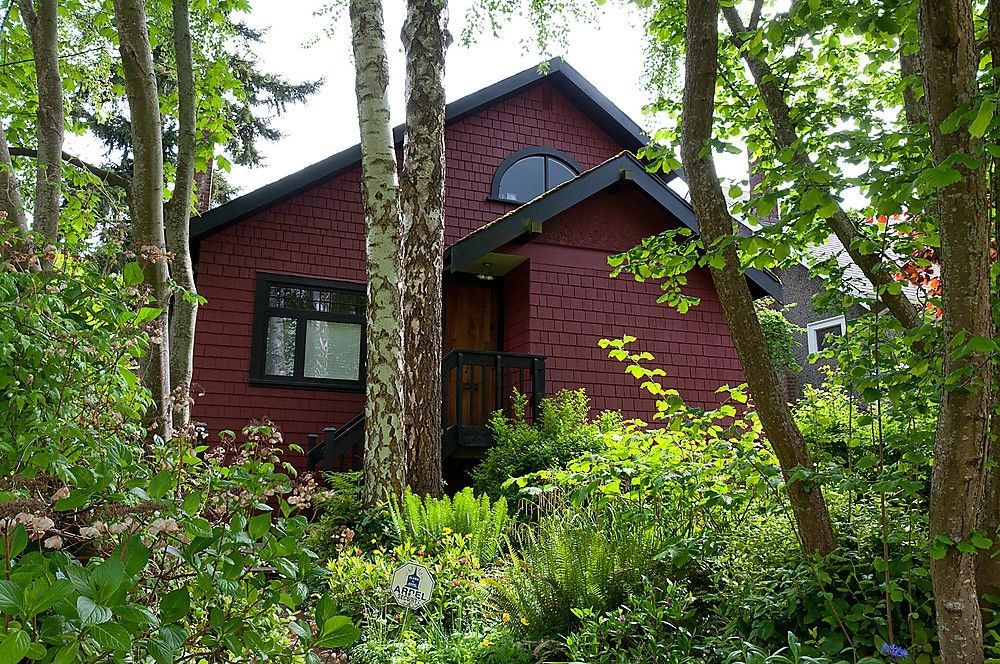 Main Photo: 4632 W 11TH Avenue in Vancouver: Point Grey House for sale (Vancouver West)  : MLS®# V952769