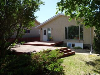 Photo 2: 55 Andrews Crescent in Regina: Uplands Residential for sale : MLS®# SK738589