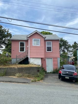 Photo 1: 49 Frederick Avenue in Halifax: 6-Fairview Residential for sale (Halifax-Dartmouth)  : MLS®# 202104975