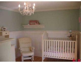 """Photo 5: 14076 17B AV in White Rock: Sunnyside Park Surrey House for sale in """"Sunnyside Park"""" (South Surrey White Rock)  : MLS®# F2619727"""