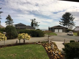 Photo 2: 6401 W ISLAND W Highway in QUALICUM BEACH: PQ Qualicum North House for sale (Parksville/Qualicum)  : MLS®# 810622