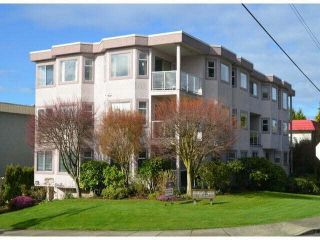 "Photo 1: 2 1291 FOSTER Street: White Rock Condo for sale in ""WHITE ROCK"" (South Surrey White Rock)  : MLS®# F1407509"