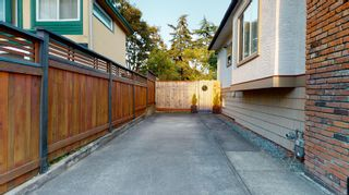Photo 10: 2635 Mt. Stephen Ave in Victoria: Vi Oaklands House for sale : MLS®# 854898