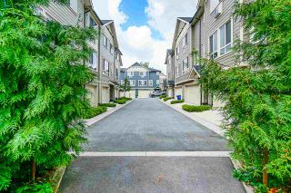 """Photo 2: 40 19913 70 Avenue in Langley: Willoughby Heights Townhouse for sale in """"Brooks"""" : MLS®# R2421609"""