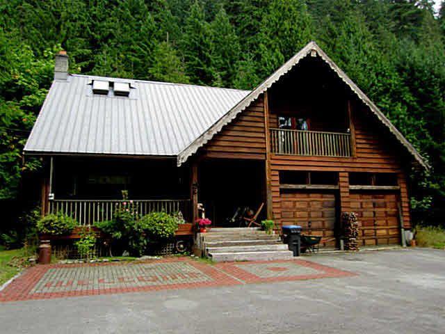 Main Photo: 4000 HIGHWAY 99 in Squamish: Garibaldi Highlands House for sale : MLS®# V1025412
