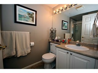 """Photo 6: 303 1369 56TH Street in Tsawwassen: Cliff Drive Condo for sale in """"WINDSOR WOODS"""" : MLS®# V1058520"""