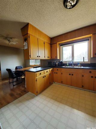 Photo 2: 1533 Fourth Street in Estevan: Residential for sale : MLS®# SK854934