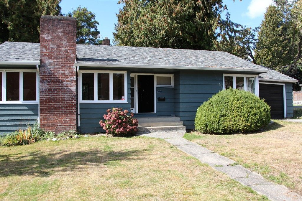Main Photo:  in Vancouver: House for rent (Vancouver West)