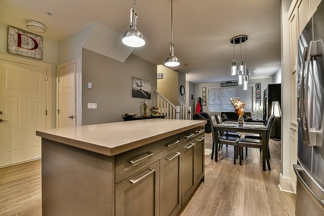 Photo 10: Photos: 23 12161 237 STREET in Maple Ridge: East Central Townhouse for sale : MLS®# R2043751