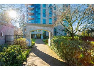 """Photo 1: 304 14824 NORTH BLUFF Road: White Rock Condo for sale in """"The BELAIRE"""" (South Surrey White Rock)  : MLS®# R2534399"""